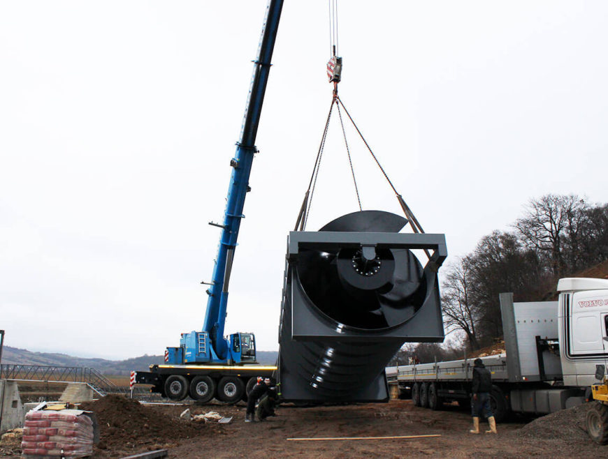 Unloading auger turbines on-site implementation of SHPP